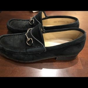 GUCCI black suede leather horsebit loafers